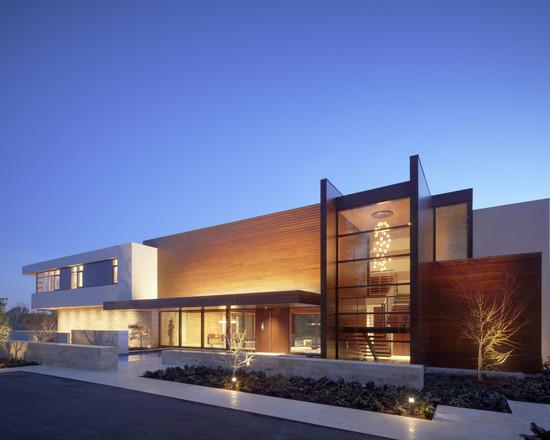 Modern Peninsula Estate